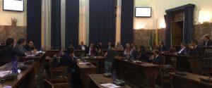 Salva-Messina, via libera in Consiglio e De Luca ritira le dimissioni