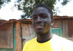 Dante in Kenya. Hillary nei panni di Virgilio: «Kibera è l'inferno, io l'ho attraversato» In scena la «Divina Commedia» con 140 ragazzini - CorriereTV