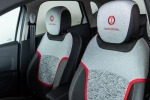 Lapo Elkann firma Renault Captur Tokyo Edition