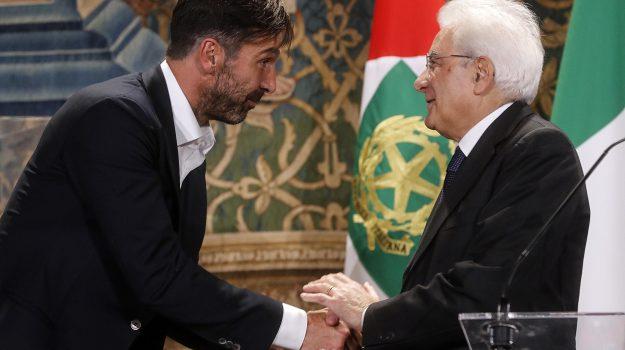 """Mattarella accoglie gli Azzurri al Quirinale: """"Guardiamo al futuro con fiducia"""""""
