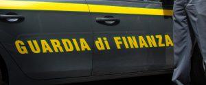 """Inchiesta sugli appalti in Calabria, i magistrati: """"Pubblici ufficiali asserviti all'imprenditore"""""""