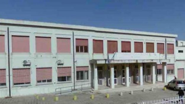 istituto severi gioia tauro, Calabria, Cronaca