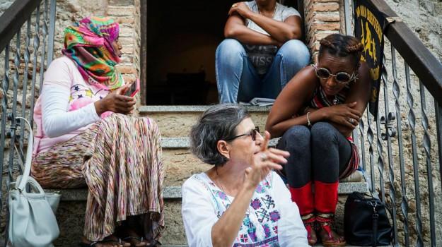 migranti riace, Mimmo Lucano, Reggio, Calabria, Politica