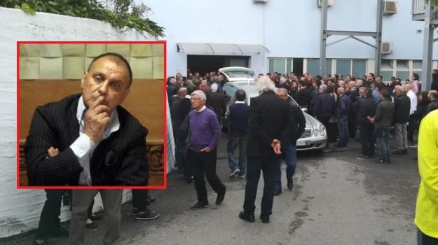 incidente lavoro crotone, morto marrelli, Massimo Marrelli, Catanzaro, Calabria, Cronaca