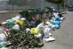 Crotone, città sommersa dai rifiuti sia in centro che in periferia