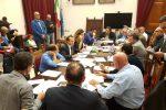 """Messina, polemiche sulla seduta fiume in Consiglio: """"Situazione inevitabile"""""""