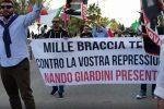 Manifestazione di Forza Nuova a Catanzaro, striscioni rivendicano il saluto romano a Giardini