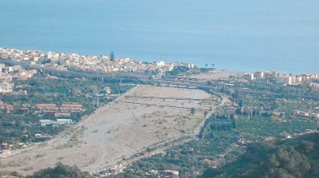 bonifica torrente roccalumera, Messina, Sicilia, Cronaca