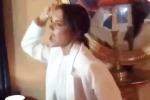 Victoria Beckham balla scatenata sulle note di «Spice Up Your Life» delle Spice Girls
