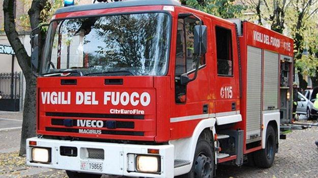 incendio, patti, Messina, Sicilia, Cronaca