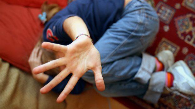 arrestato Taurianova, violenza su un minore, Reggio, Calabria, Cronaca