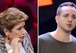 «Non riesco a sentirmi», ha detto Danjlo a Fedez e ha interrotto l'esibizione. Ma la regia lo becca mentre confessa