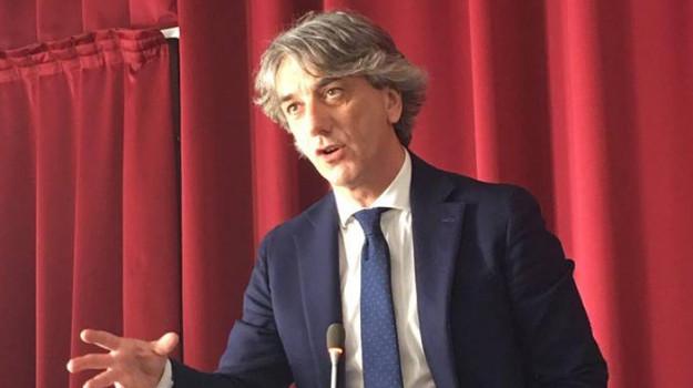 calabria, lavoro, precari, Giuseppe Aieta, Calabria, Politica
