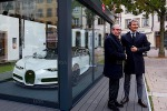 Al mercatino di Natale di Strasburgo spunta Bugatti Chiron