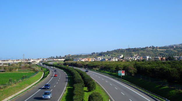 a20, autostrada messina-palermo, svincolo pollina-castelbuono, Messina, Sicilia, Cronaca