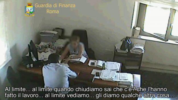 Un fermo immagine tratto da un video della Guardia di Finanza nell'ambito dell'inchiesta 'Dama Nera'
