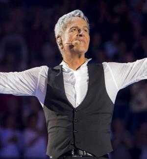 """Claudio Baglioni, successo senza limiti per il tour """"Al centro"""": il 26 marzo concerto a Reggio Calabria"""