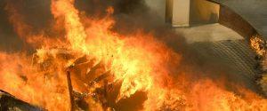 La California in fiamme, evacuata Malibù: cinque morti