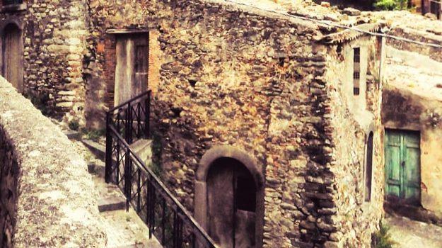 case a un euro Patti, case un euro Patti, centro storico Patti, comune Patti, rilancio Patti, Messina, Sicilia, Cronaca