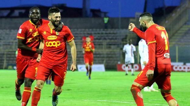 catanzaro calcio, playoff Serie C, Catanzaro, Calabria, Sport