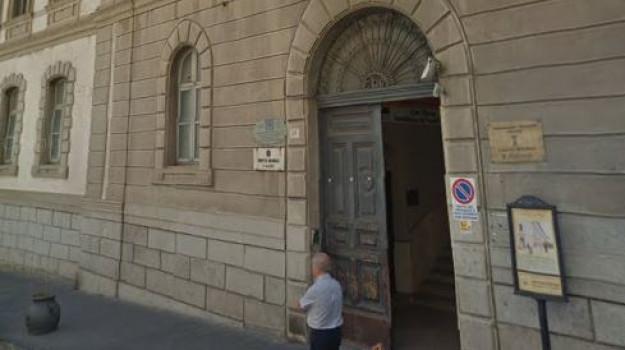 catanzaro servizi, Catanzaro, Calabria, Economia