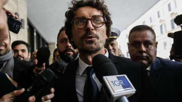 autorià portuale messina-reggio calabria, toninelli in sicilia, Danilo Toninelli, Ida Carmina, Nello Musumeci, Sicilia, Politica
