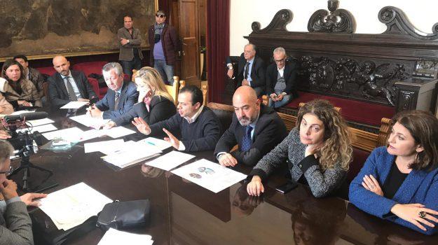 approvato salva messina, Cateno De Luca, Messina, Sicilia, Politica