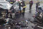 Terribile incidente allo svincolo di Gioiosa Jonica, scontro frontale tra due auto: due feriti
