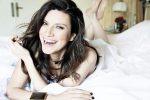Inarrestabile Laura Pausini: nuovo album in special edition e duetto con Biagio Antonacci
