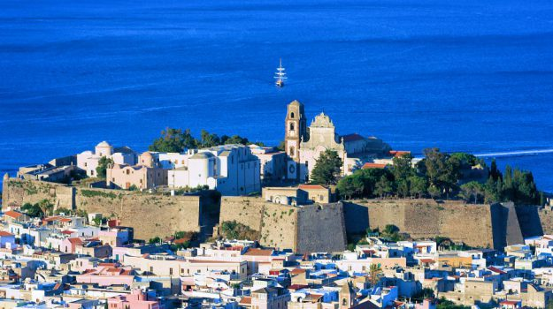 eolie, taormina, turismo, Messina, Sicilia, Economia