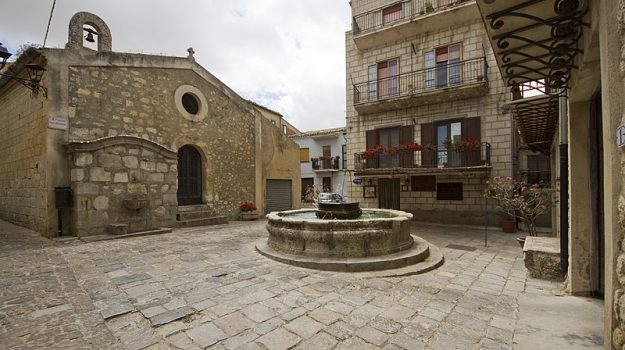 bit di milano, petrali soprana borgo più bello, petralia soprana, Sicilia, Economia