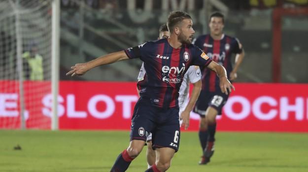 crotone calcio, Marcus Rohden, Catanzaro, Calabria, Sport