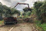 Frana nel Messinese, le immagini della strada statale interrotta