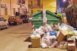 Spazzatura a Palizzi, scoppia l'emergenza ma la spiaggia è più pulita