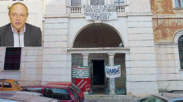 Biblioteca civica Cosenza, cosenza, demanio civica cosenza, salvataggio civica cosenza, Franco Iacucci, Cosenza, Calabria, Cultura