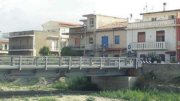 appalto ponte calderà, barcellona, mafia ponte di calderà, ponte calderà, ponte di calderà, Gaetano Schirò, Messina, Sicilia, Cronaca