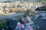 """Emergenza rifiuti """"insostenibile"""" a Capo d'Orlando, i cumuli sono ovunque"""
