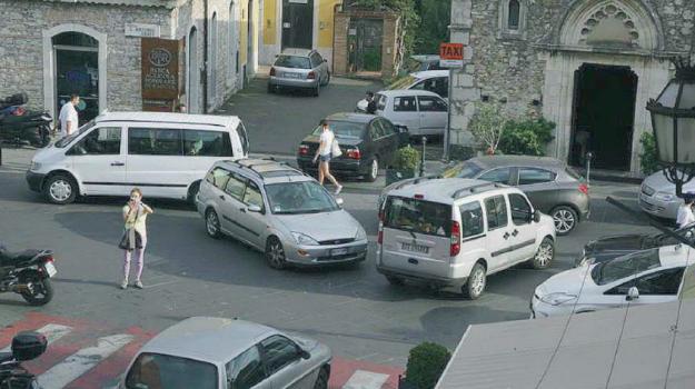 revisione pass auto, taormina, viabilità, Messina, Sicilia, Cronaca