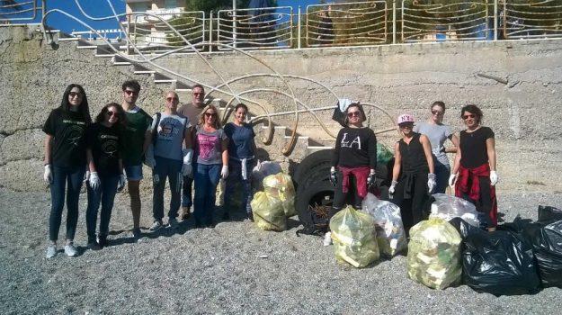 pulizia spiaggia lido, Catanzaro, Calabria, Cronaca