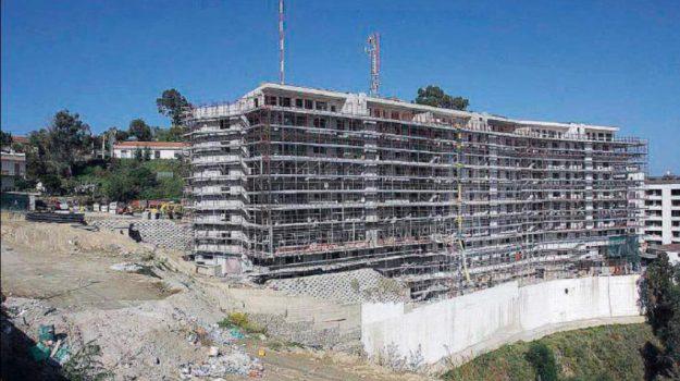 messina, salvatore mondello, stop costruzioni, Salvatore Mondello, Messina, Sicilia, Cronaca