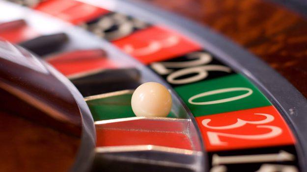gioco azzardo orari paola, Cosenza, Calabria, Cronaca