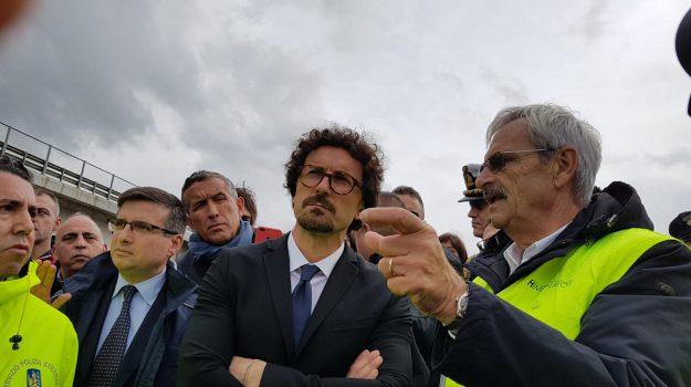 viadotto Himera toninelli, Danilo Toninelli, Giancarlo Cancelleri, Sicilia, Cronaca