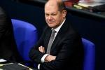 """Germania, l'Spd """"fa fuori"""" Scholz: il governo Merkel traballa"""