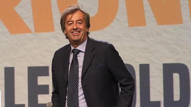 grillo e renzi scienza, patto per la scienza, vaccini, Beppe Grillo, Matteo Renzi, Roberto Burioni, Sicilia, Politica
