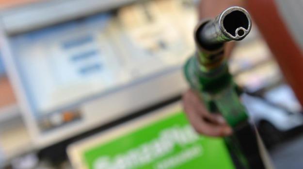 carburanti alternativi, decreto carburanti, impianti green, Mimmo Turano, Sicilia, Economia