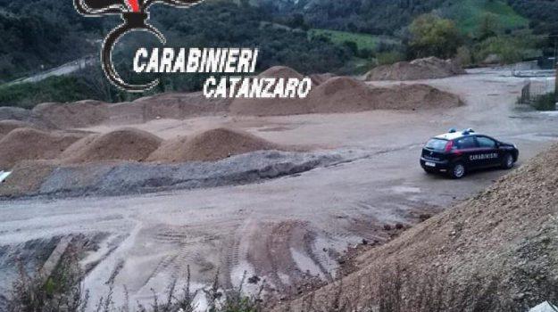 discarica abusiva borgia, Cosenza, Calabria, Cronaca