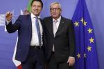 """Manovra, Juncker: """"Con l'Italia stiamo facendo progressi"""". Conte: """"Sono ottimista"""""""