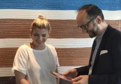 La cantante rilancia l'album «Essere qui»: voglio essere felice, non scalare la classifica. E a febbraio parte il tour