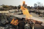 California, gli incendi non si placano: 25 morti e 110 dispersi