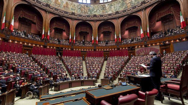 aula montecitorio, referendum propositivo, riforma costituzionale, Sicilia, Politica